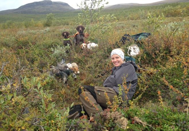 Med fru och hundar på fjället.
